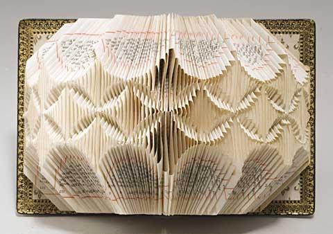 Lucile Moroni. Papier sculpté