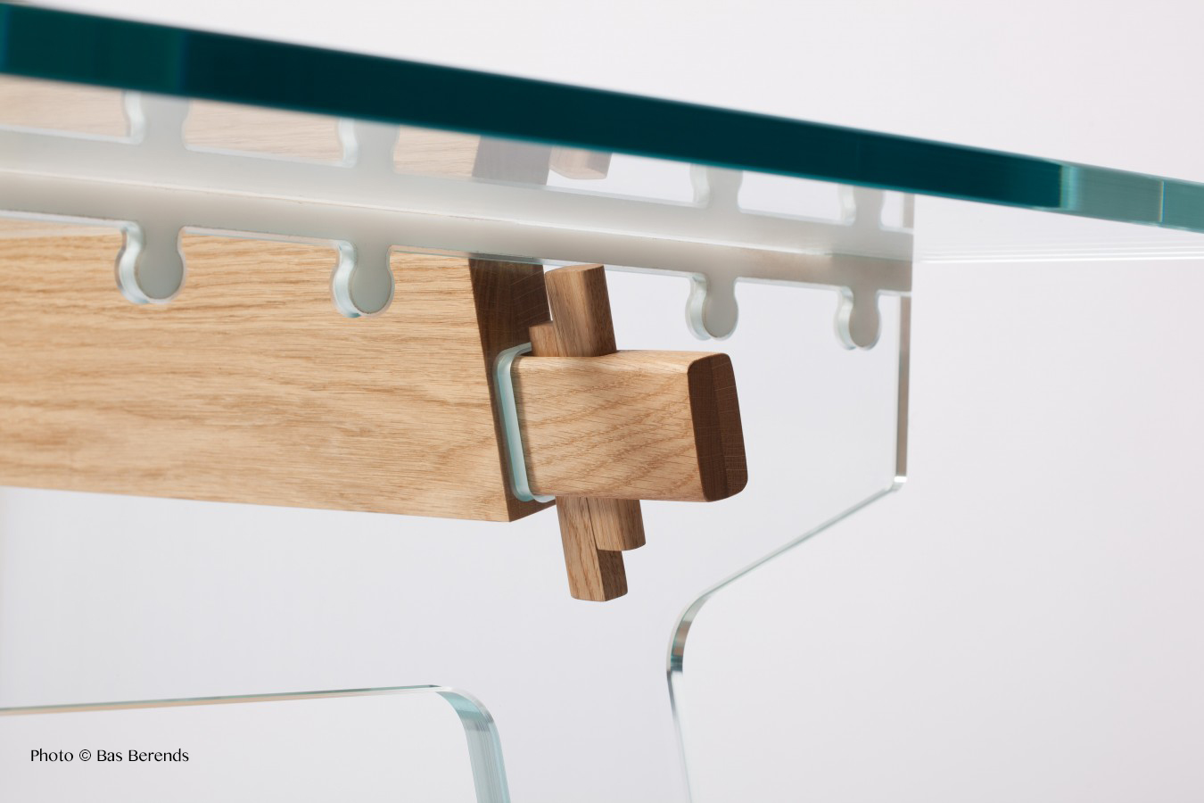 """Laduz Table"", par Pelikan Design"